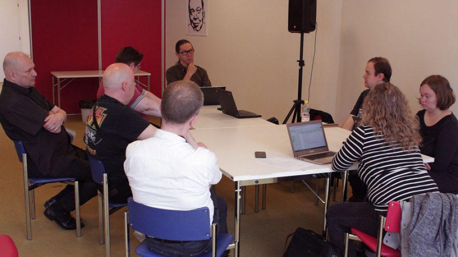 ASY:n hallituksen kokous Töölön kirjastossa 15. kesäkuuta 2019.